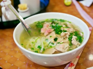 20130121-vietnamese-dishes-pho2-primary