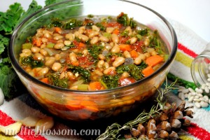 Kale-Soup-Crockpot-800x535