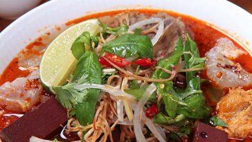 Bún-bò-Huế-recipe